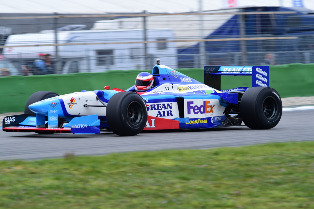 Benetton B197 - F1 <br>Benetton B199 - F1