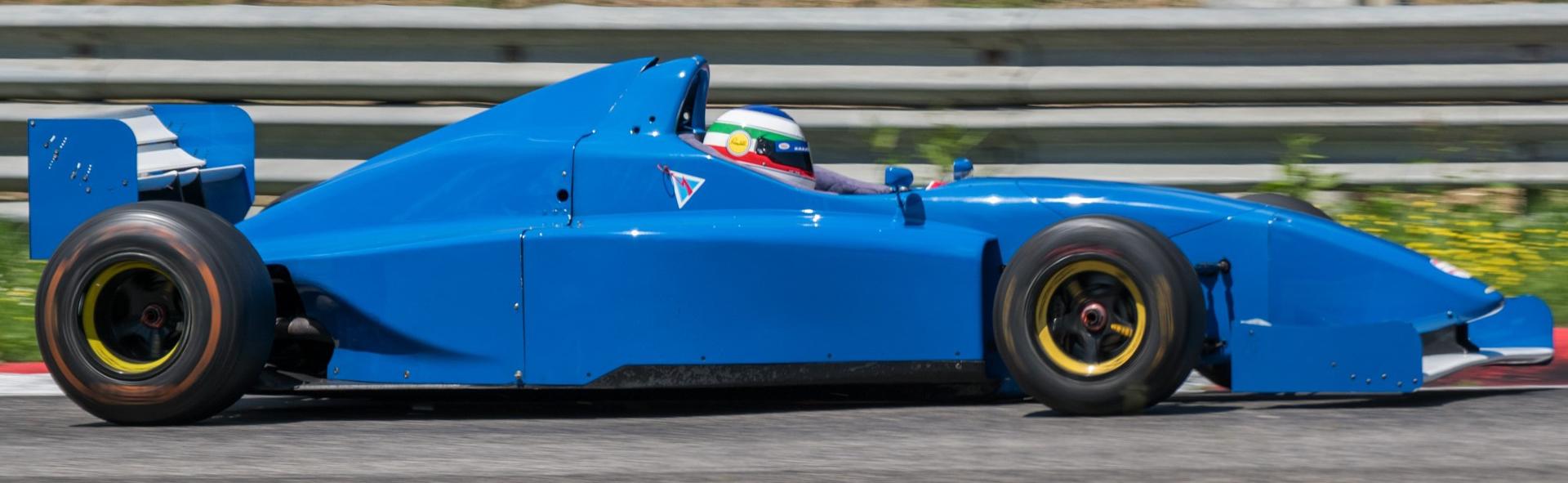 Lola - F3000